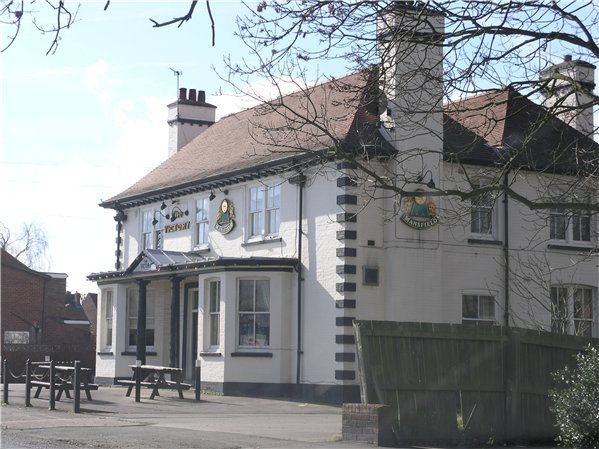 The Victory Pub on Boultham Park Road was built in 1919 to commemorate the end of World War One. The building is painted white with some details being highlight in black paint.