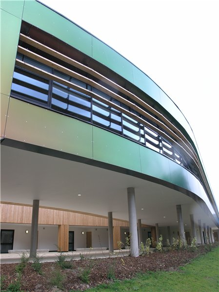 The Think Tank, completed in 2009, is two storeys high, uses a two-tone paint that changes colour from different angles, has a green roof and is set around a central courtyard with seating.