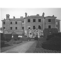 Boultham Hall shortly before demolition in 1959. The home of the Ellison family from 1874-1909